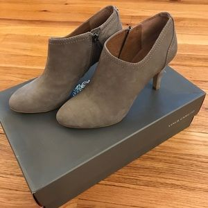 Vince Camuto VC-Vala in Mouse Gray Nubuck